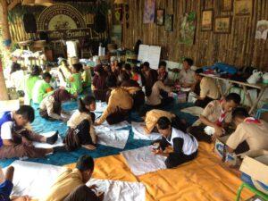 Siswa siswi SD antusias mengikuti workshop Festival Barikan Karimunjawa