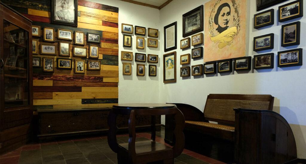 Koleksi-Sejarah-Rumah-Kartini-karimunjawa-Jepara-Indonesia