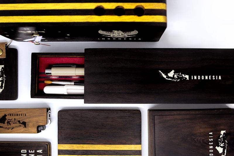 Perusahaan-pembuat-kerajinan-Souvenir-Gift-aksesoris-terbaik-Laser-Kayu-Jepara-Indonesia