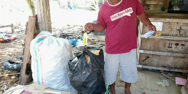 Dirikan Bank Sampah untuk Merawat Pantai Bondo
