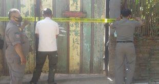 Usai Digerebek, Satpol PP Langsung Segel Salah Satu Kafe di Ngabul