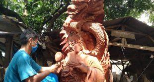 Pengrajin Patung Dewa di Mulyoharjo Seperti Mati Suri