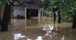 Sungai Alami Pendangkalan, Dua RT di Sowan Kidul Kebanjiran