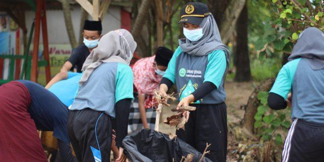 Pantai Jepara Bersih